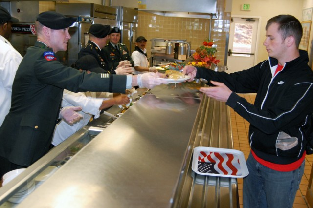 Presidio leaders dish it out to DFAC patrons