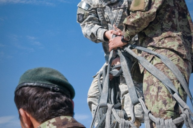 U.S. and Afghan Army partner to supply troops on the frontline