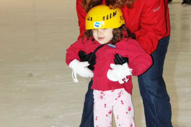 Winter outing breaks ice, creates bond