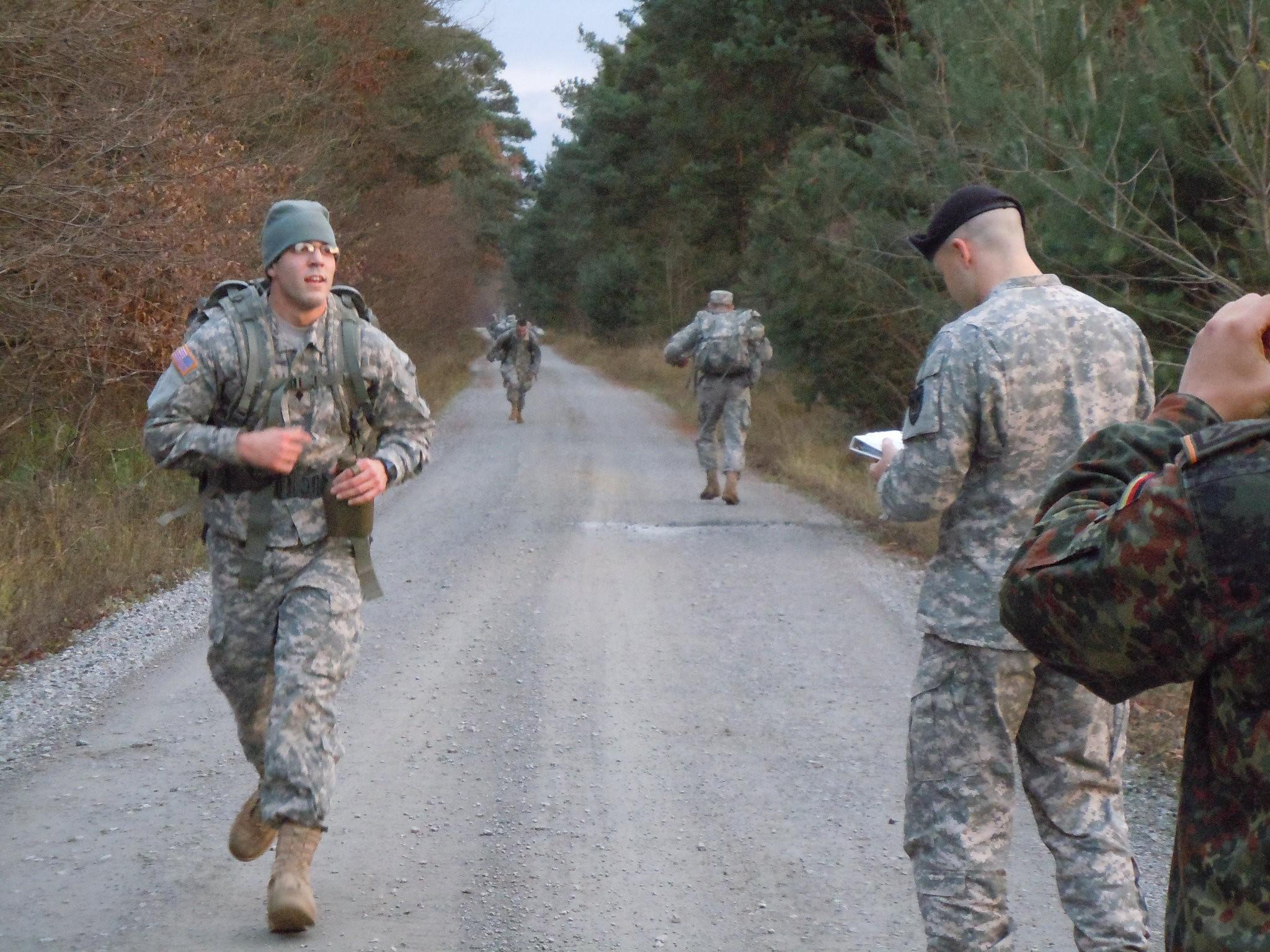 Soldiers work for German sport...