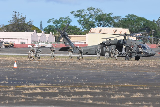 CAB conducts air assault exercise with 3-4 Cav.