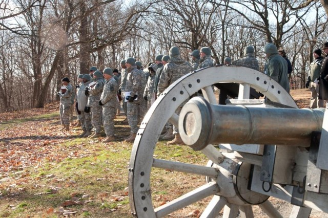 Non-Commissioned Officers from the Army Research, Development and Engineering Command (RDECOM) observe a cannon at Morristown National Historic Park.