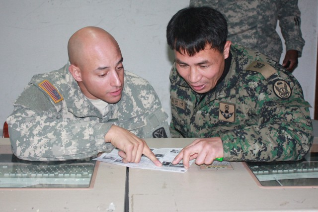 Iron Horse Soldiers bond with ROK Special Forces