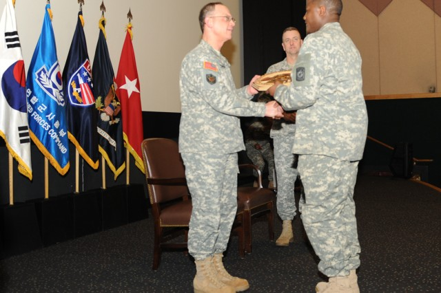 Supply, maintenance units awarded for excellence