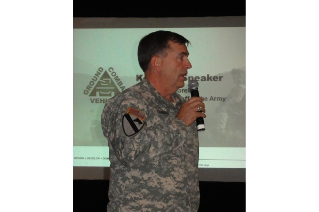 Army Vice Chief of Staff Gen. Peter Chiarelli addresses a crowd of industry participants during a Ground Combat Vehicle Pre-Proposal Conference Dec. 18, in Dearborn, Mich.