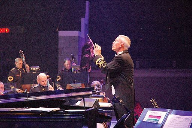 U.S. Army Band rings in the season with annual Holiday Festival at Constitution Hall