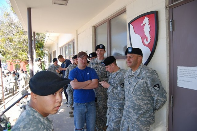 These pictures are from the recently completed 36th Engineer Brigade Blood Drive.  They were taken by Major Chong Delisi at Fort Hood, Texas on December 8, 2010.