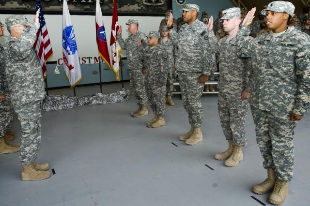 CSA reenlists Arifjan troops
