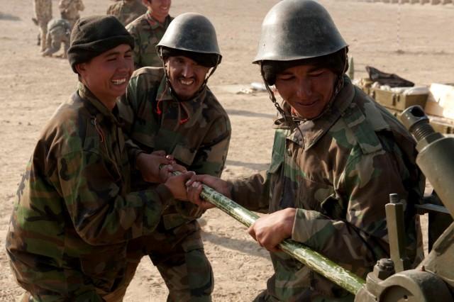 Live-fire exercise demonstrates artillery school's capabilities