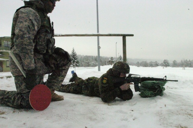 18th CSSB runs partnership range with Bundeswehr reserve soldiers