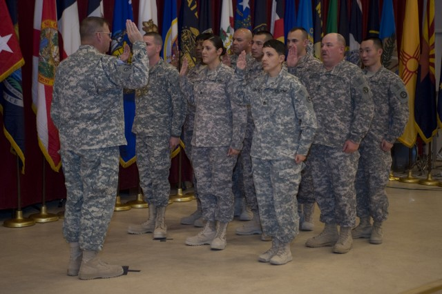 Shaping the Future of the Army Reserve: Lt. Gen. Stultz explains the future of the Army Reserve and answers Soldiers questions