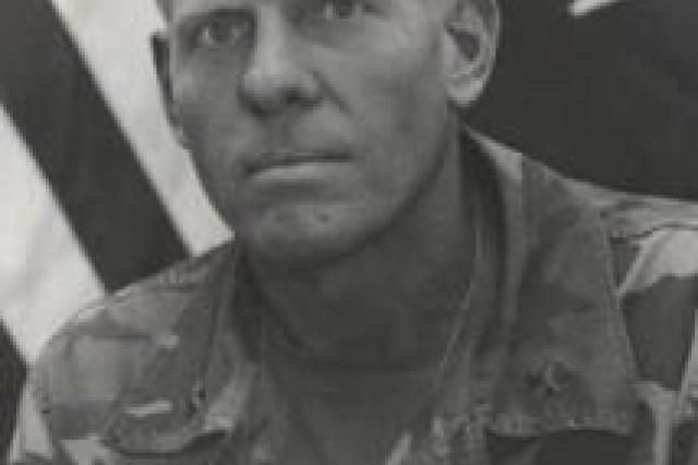 Former post commander dies