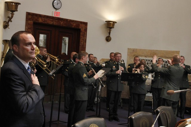 100th Army Reserve Band opens 2011 Kentucky's Senate session
