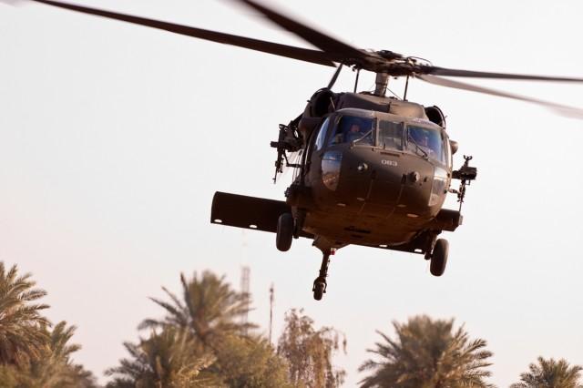 Black Hawk crews keep VIPs safe, mobile around Iraq
