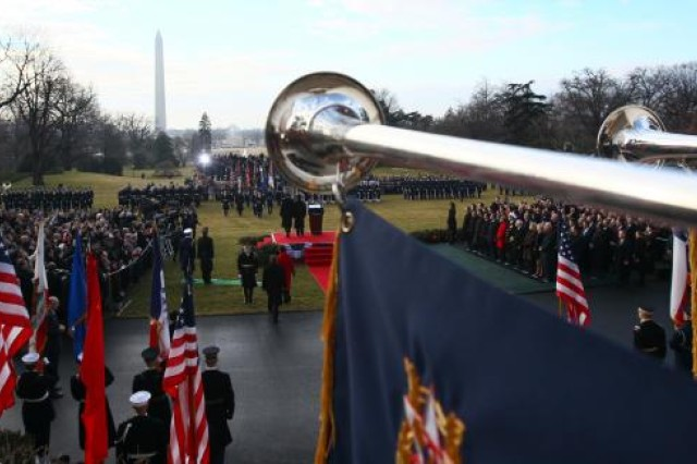 A general view as U.S. President Barack Obama stands with Chinese President Hu Jintao during a State arrival ceremony on the South Lawn of the White House January 19, 2011 in Washington, DC.
