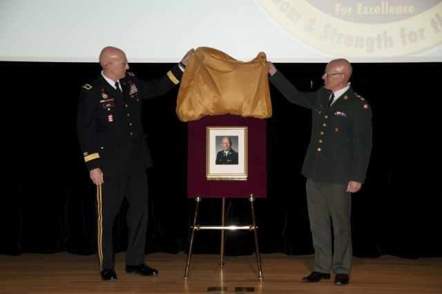 Danish general, USAWC Class of 2000 grad inducted into IF Hall of Fame