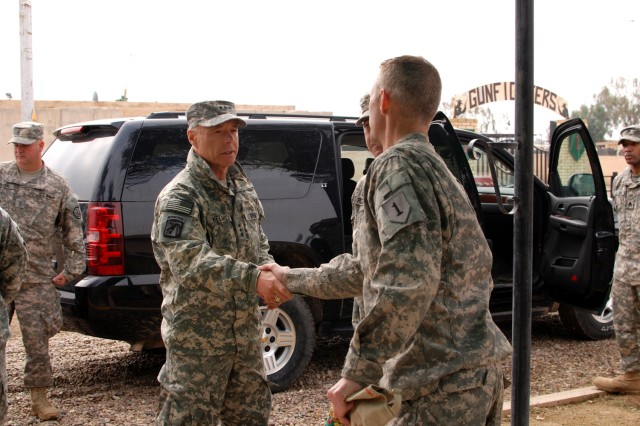 Incoming deputy commanding general of U.S. Forces-Iraq visits aviation brigade on Camp Taji