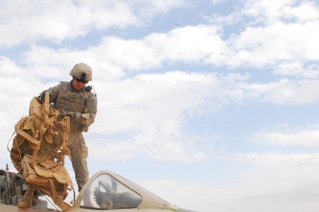 Vanguard Soldiers help keep air base safe