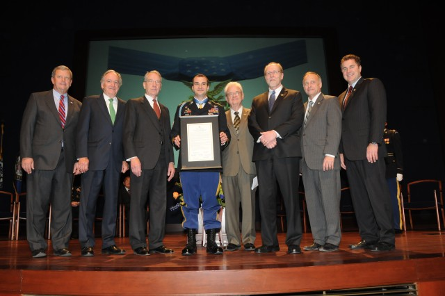 MOH recipient Giunta honored by fellow Iowans on Hill