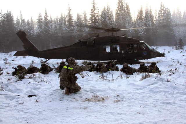 The 164th Military Police Company coordinated with the Alaska National Guard Jan. 18-27, for use of the UH-60 Black Hawk during its two-week squad lanes training.