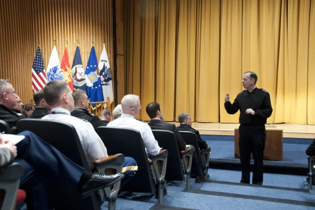 Mullen talks changing world, challenges ahead to Army War College audience