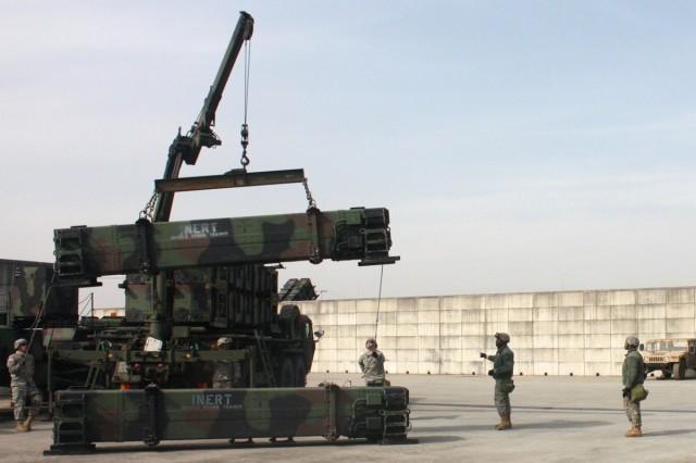 ROK, U.S. Air Defense Artillery units train together