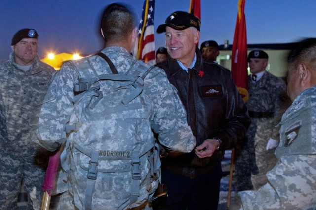 Vice president welcomes home 101st Soldiers