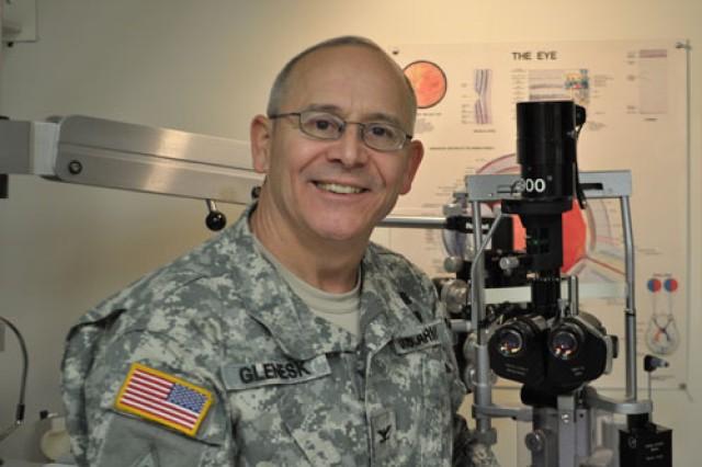 Army doctor awarded lifetime achievement award
