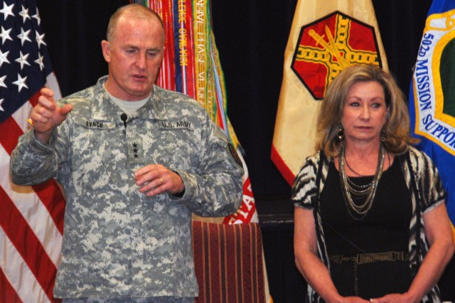 In an effort to find out how things were at Fort Sam Houston's Army Community Service, Lt. Gen. Rick Lynch, commanding general, U.S. Army Installation Management Command, and his wife, Sarah, held an open dialog with 52 Families from the Joint Base San Antonio installation community Feb. 14.