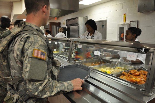 Soldier Fueling at Slagel Dining Facility