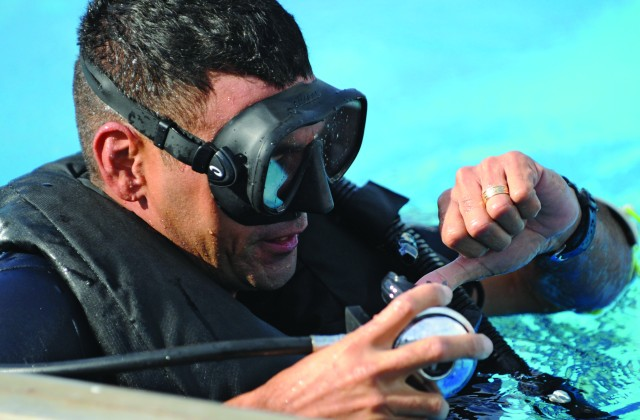 Going Deep at the Combat Diver Qualification Course