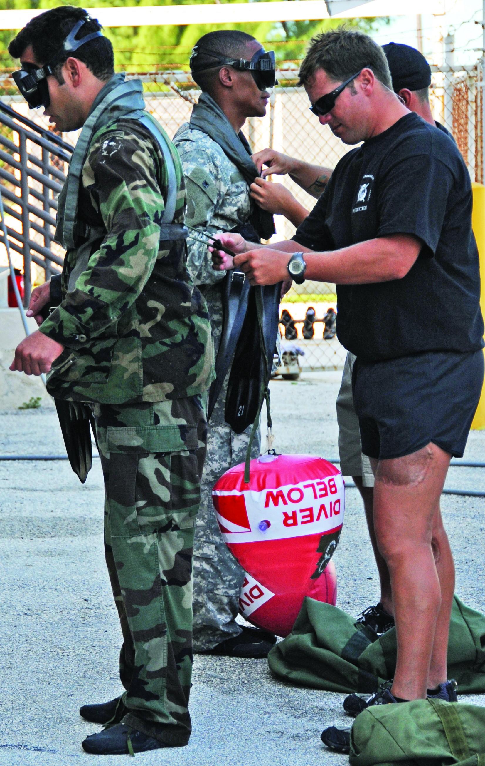 Combat Diver Qualification Course challenges Special Forces