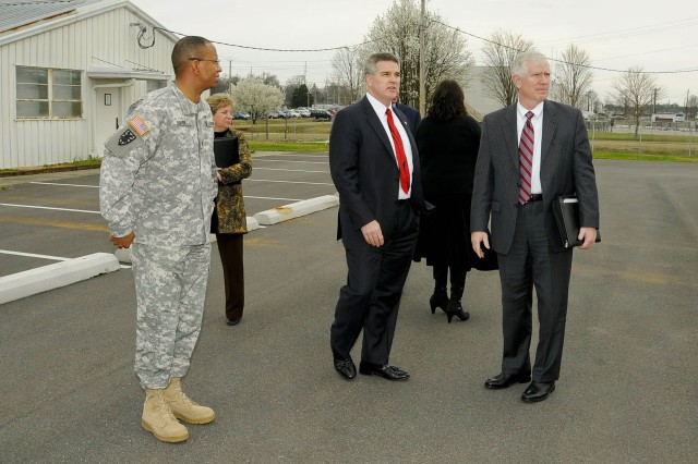 Jeff Parsons, Army Contracting Command executive director, shows U.S. Representative Mo Brooks of Alabama's 5th Congressional District, the ACC and Expeditionary Contracting Command headquarters campus at Redstone Arsenal, Ala. Brooks visited the Redstone campus March 7 for an orientation and Army contracting update.