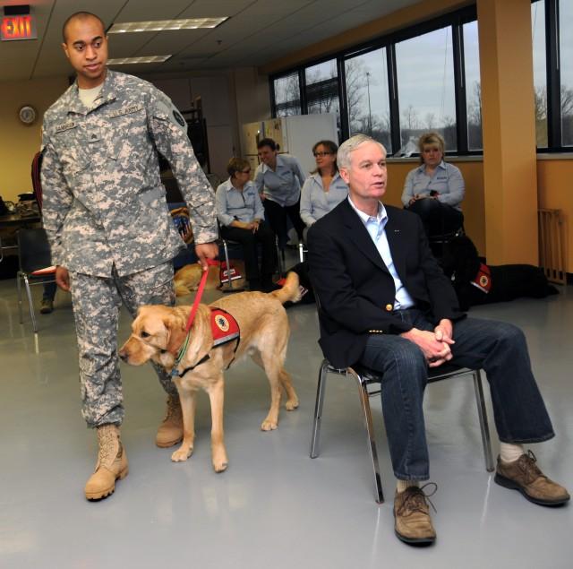 Sanderson walks around Colonel