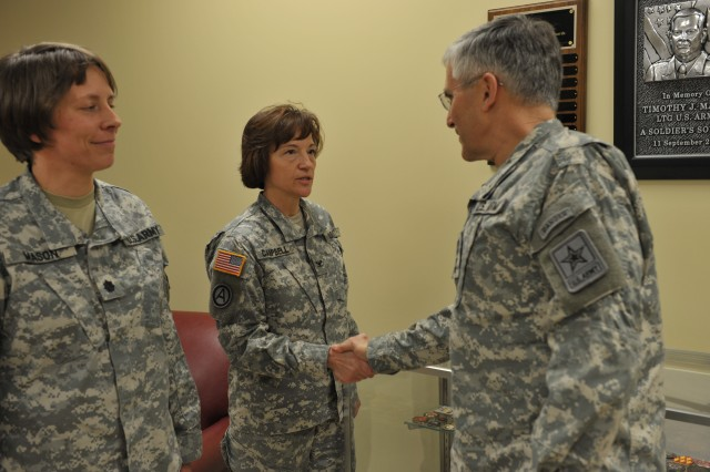 Chief of Staff, Sergeant Major of Army visit U.S. Army Human Resources Command, discuss new command selection list