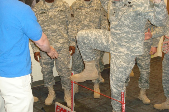 Surgeon general observes Warrior training