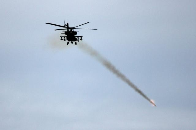 Apache helicopter to demo JTRS AMF