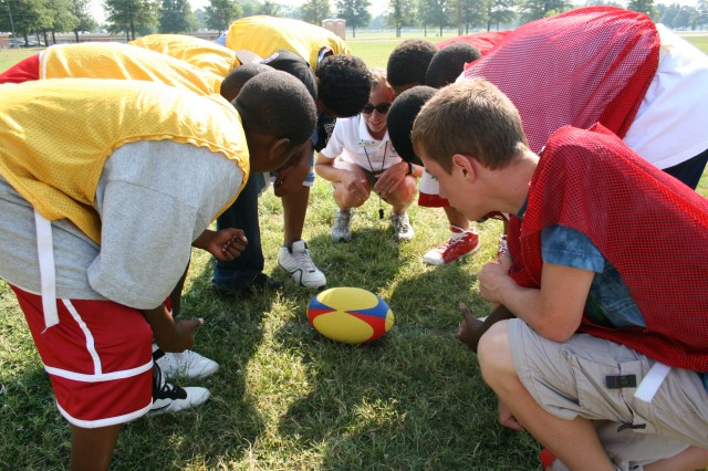 Youth Sports - Army's Child, Youth and School Services instill fitness, healthy lifestyles
