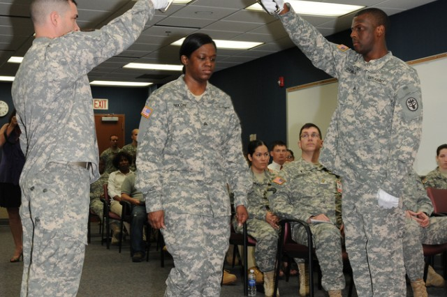 Aeromedical Research Laboratory hosts 1st NCO induction