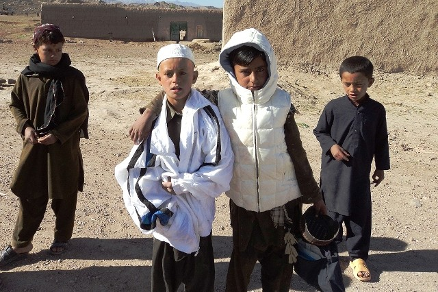 Soldiers, ANSF, distribute 6,000 coats to rural Afghans