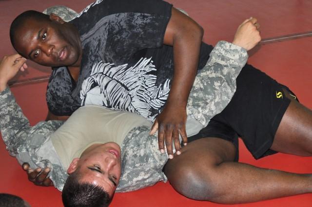 Soldier runs Combatives program in Korea