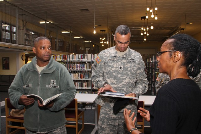 Instant Access to Army Libraries Now Just a Mouse Click Away