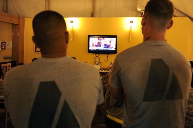 Troops watch news about Osama Bin Laden death