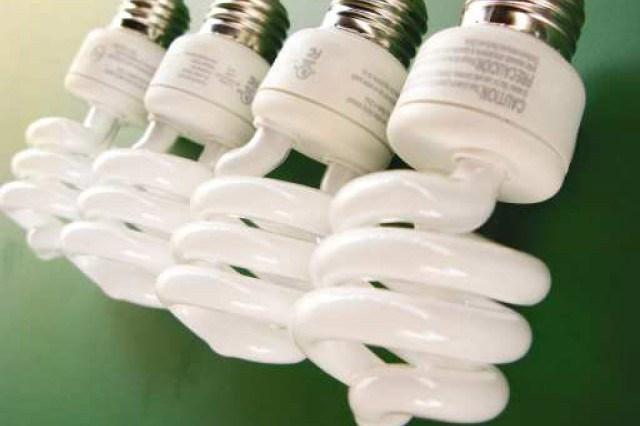 Fluorescent bulbs good for environment, if treated properly