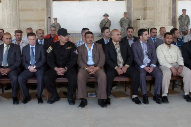 Iraqi personnel graduate basic interrogator, instructor courses