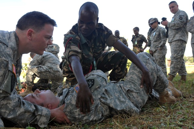 US Soldiers provide Combat Life Saver Training to Malawi Defence Forces