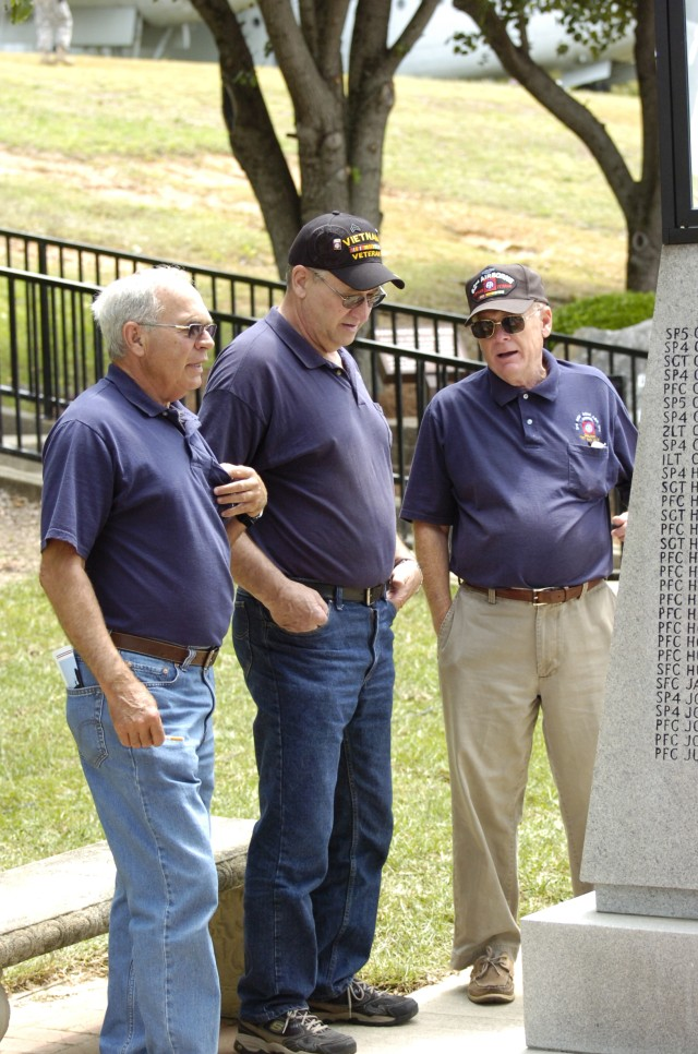82nd Airborne Division Holds Division Memorial Ceremony