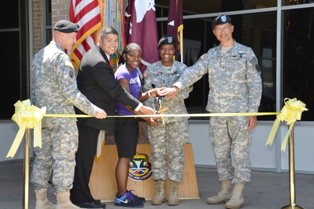 """FORT HOOD, Texas - The idea of personal care from a """"hometown doctor"""" is becoming a reality for Fort Hood active duty military service members and their families. In ribbon-cutting ceremonies May 17, Carl R. Darnall Army Medical Center"""