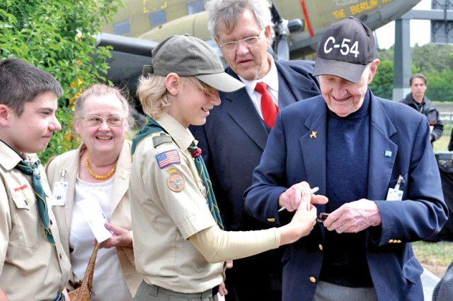 Berlin Airlift: Events commemorate historic humanitarian operation