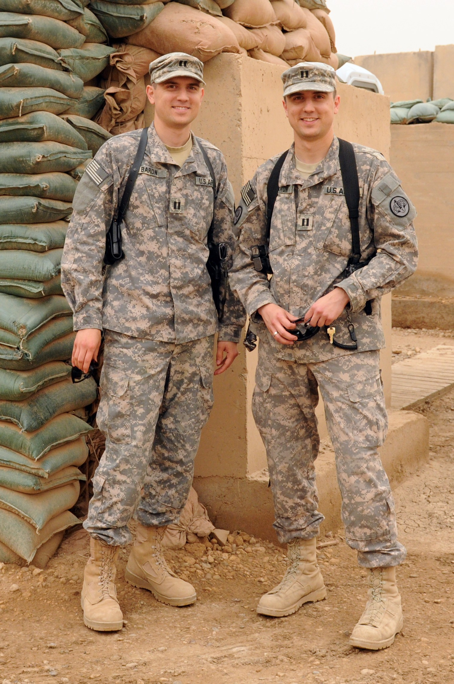 c5261c08 Closer than a brother: Army dentists' paths lead to southern Iraq ...